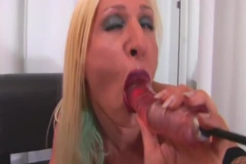 Tooled-Up tranny avid Solo With A Sex