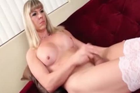 yummy shelady Lora Hoffman With large rod In wicked Solo Action