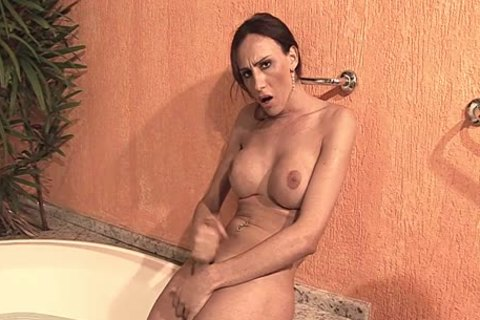 Danielle Wanks Herself Off Excitedly