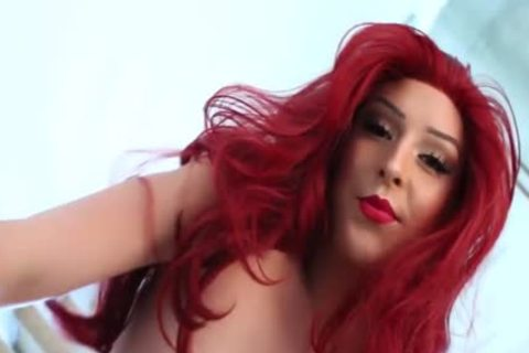 Redhead Chanel Santini jerking off In tranny Solo
