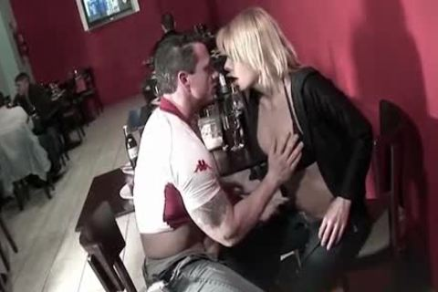 blond tgirl In black lingerie Gives chap A fellatio-stimulation In