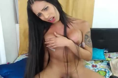 Latin shemale Jessy Dubai banged filthy tranny Eva Cassini