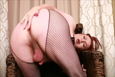 bulky Bust sheboy Wendy Stroking And Shooting A Load