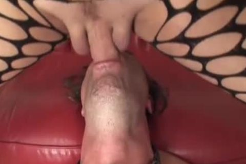 sleazy sheboy hoe gets Sucked