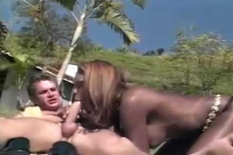 long Haired black gal Enjoys Outdoor Sex
