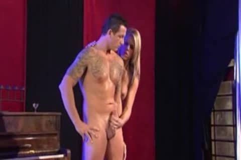 captivating blonde tranny Does It All