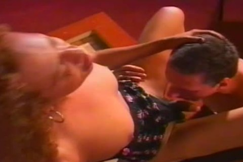 messy Hung ladyboy acquires A messy oral sex From Her chap